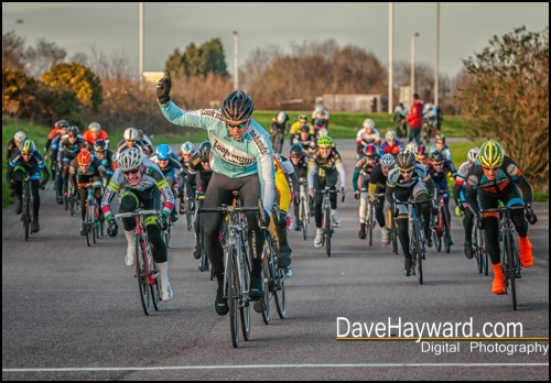 Imperial Winter Series 2015/2016 Jo Skelton Look Mum No Hands!